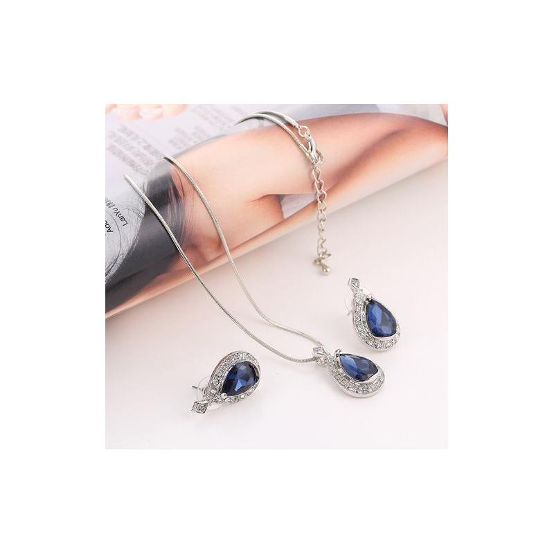"""PAPUOŠALŲ RINKINYS  """"BLUE"""""""